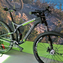 Square 2015 cannondale trigger carbon team y