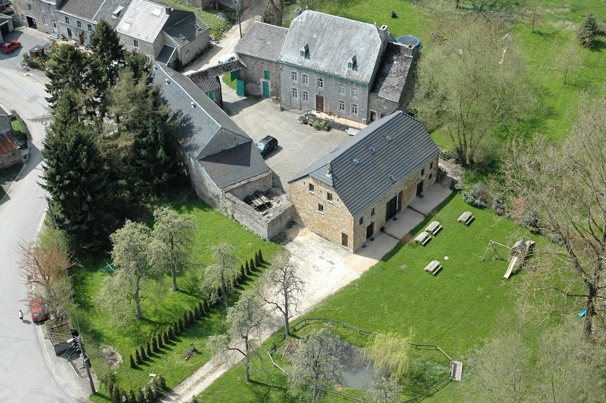 ardenne location gites d 39 ogn 6 10 12 16 22 personnes spa li ge belgique 3 5 6 8 11 chambres. Black Bedroom Furniture Sets. Home Design Ideas