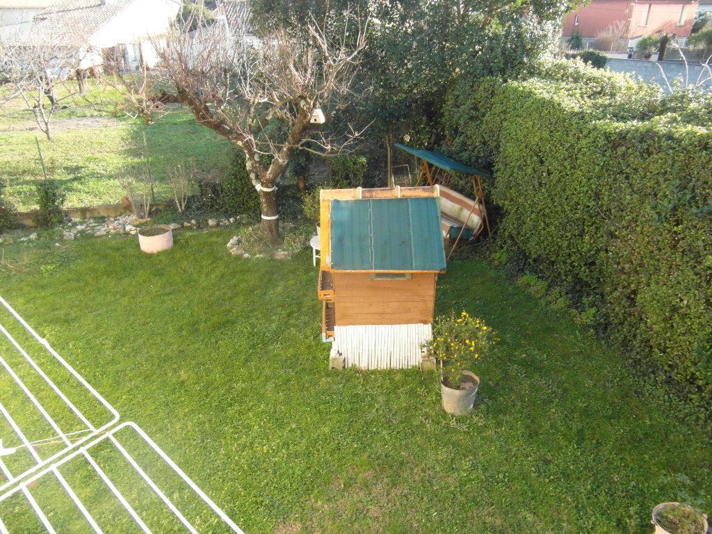 pont saint esprit villa en traditionnel avec terrain proche centre ville annonce sur sideplace. Black Bedroom Furniture Sets. Home Design Ideas