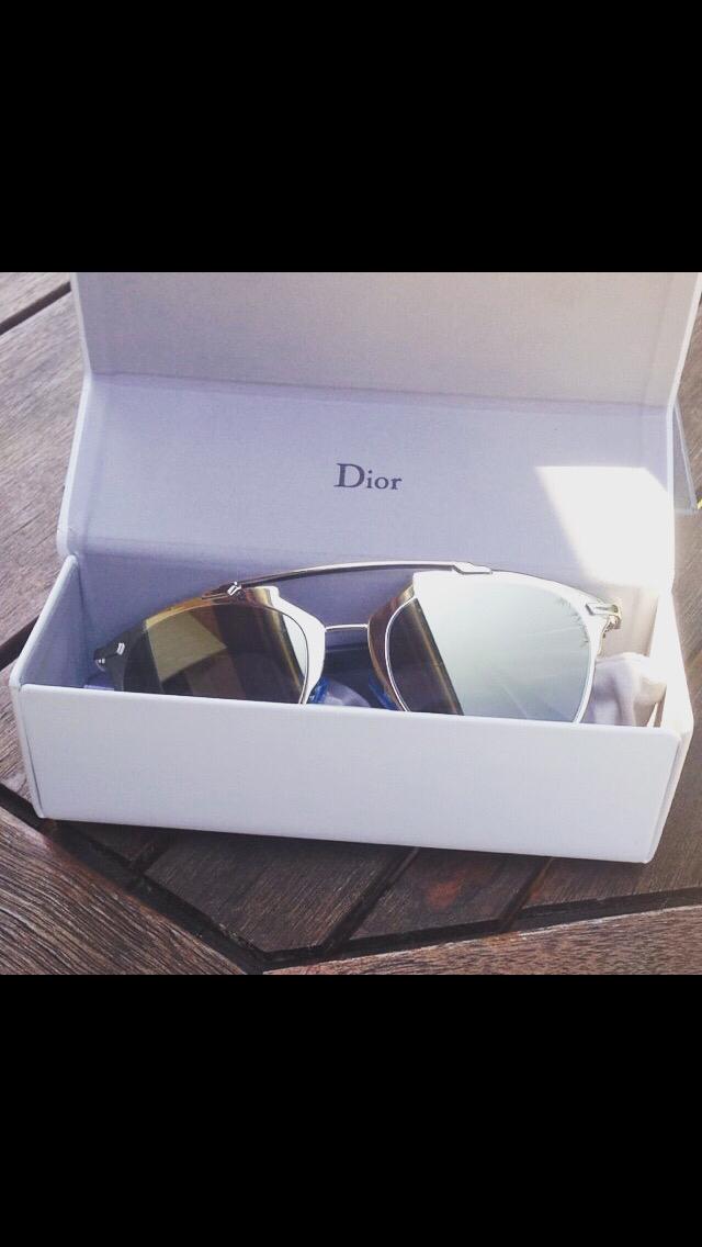 477653824524d Vend Lunettes de soleil Dior Reflected - dans sa boite original -son étui  rigide et tissu